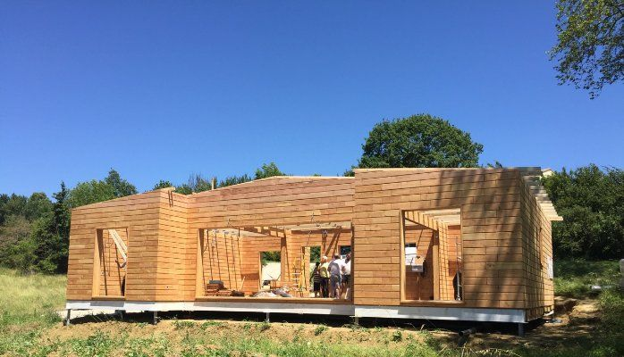Maison bois sans permis de construire maison bois en kit for Garage renault capbreton