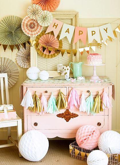 Un anniversaire pastel et coloré