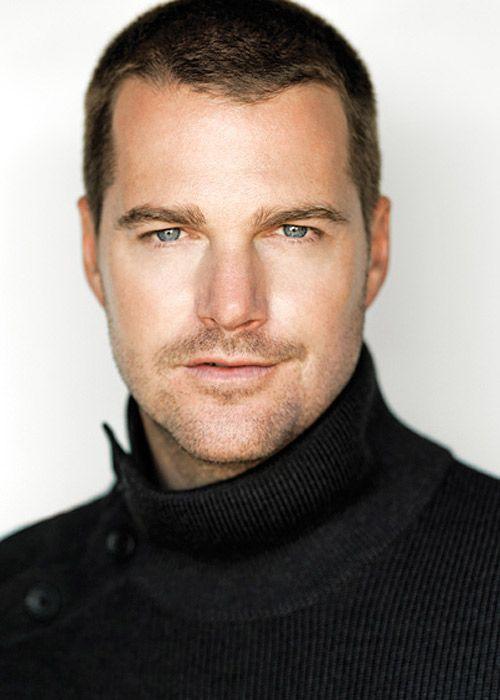 chris odonnell.... I picture him as Michael Carrington