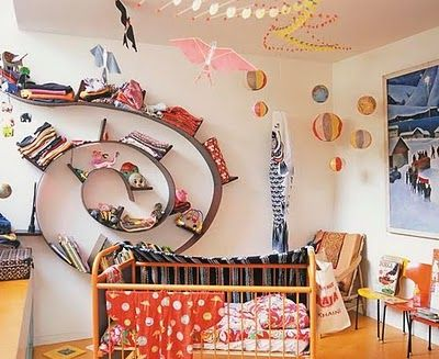 Photo of love this spiral shelf!