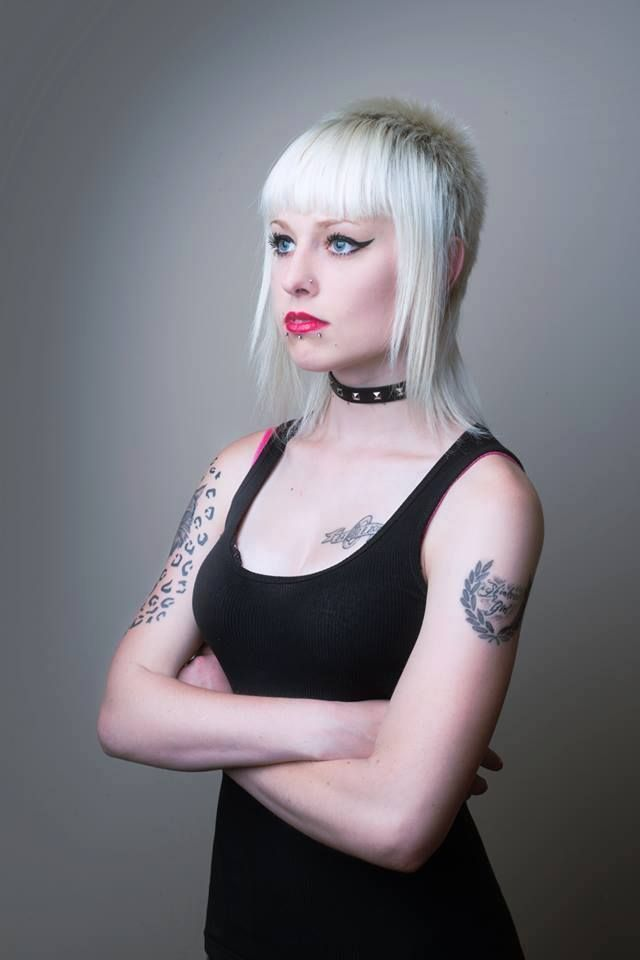Image Result For Feather Cut Punk Skin Girls Pinterest Hair