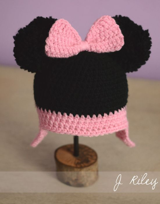 Baby girl mouse hat.