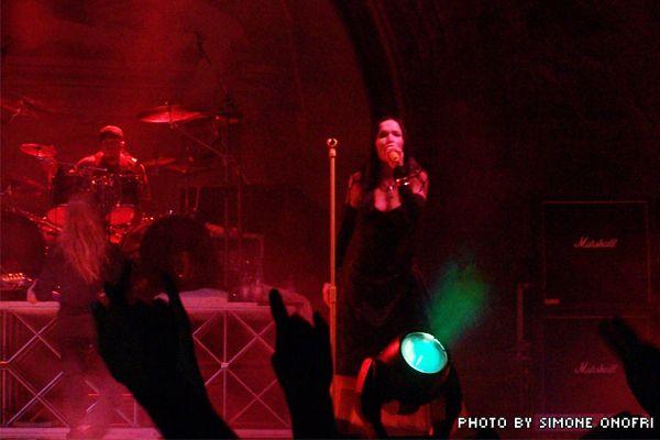 Nightwish durante un concerto
