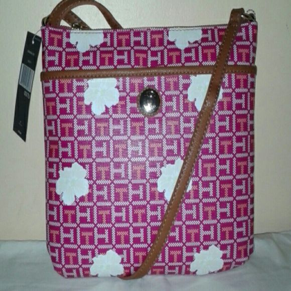 TOMMY HILFIGER CROSS BODY BAG PINK TOMMY HILFIGER CROSS BODY BAG with one outside compartment and one compartment, one inside zipper and one inside compartment. Tommy Hilfiger Bags Crossbody Bags