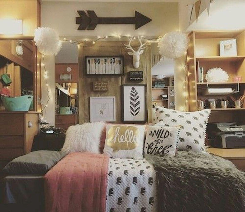 01 Cheerful Christmas Dorm Room Decorating Ideas On A Budget