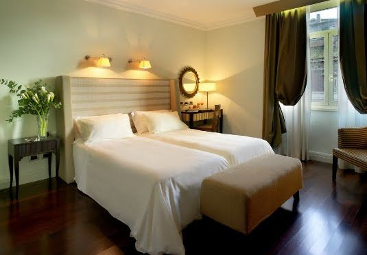 Guest Room At 5 Star Hotel Bernini Bristol Small Luxury Hotels Of The World This S Address Is Piazza Barberini 23 Via Veneto Rome 00187 And