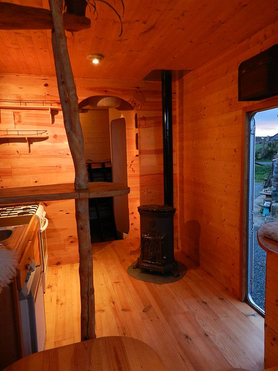 am nagement de camion am nagement de vehicule habitats nomades tiny house concept camion. Black Bedroom Furniture Sets. Home Design Ideas