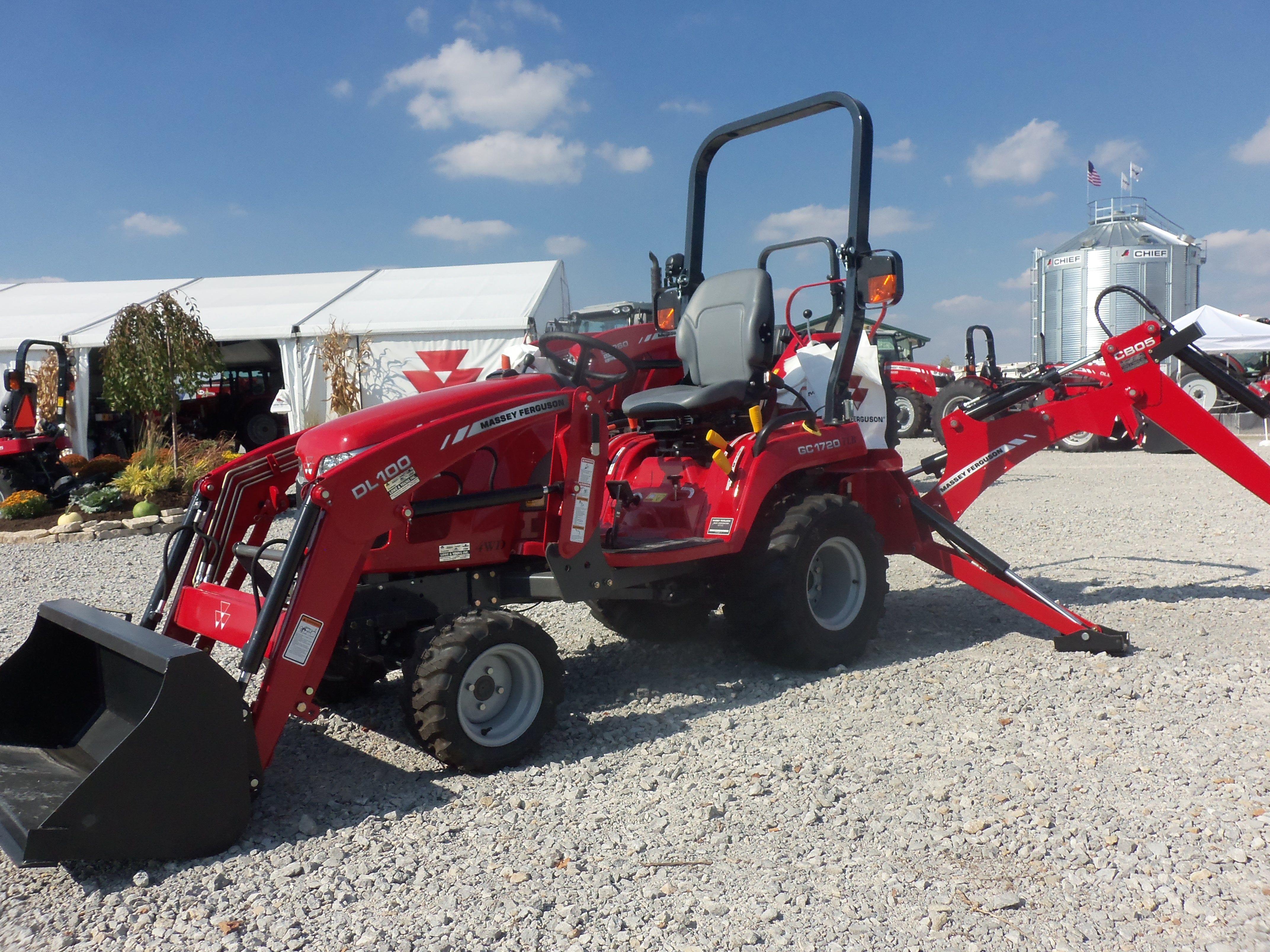 Massey Ferguson Tractor Loader Backhoe : Massey ferguson gc tractor loader backhoe