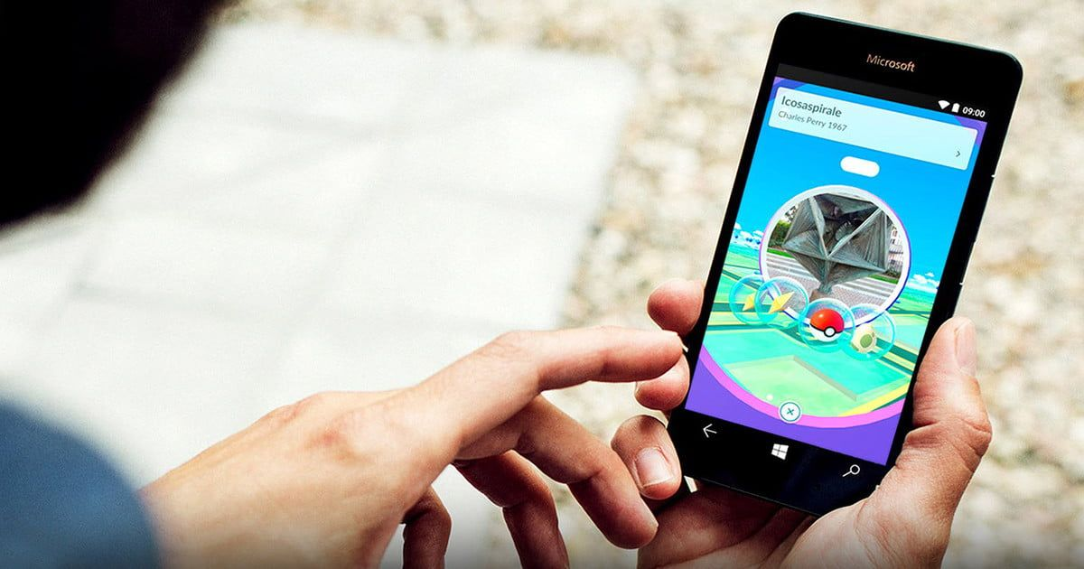 Niantic Promises It Will Support Both Harry Potter And Pokemon Go Phone Prepaid Cell Phones Pokemon Mobile Game