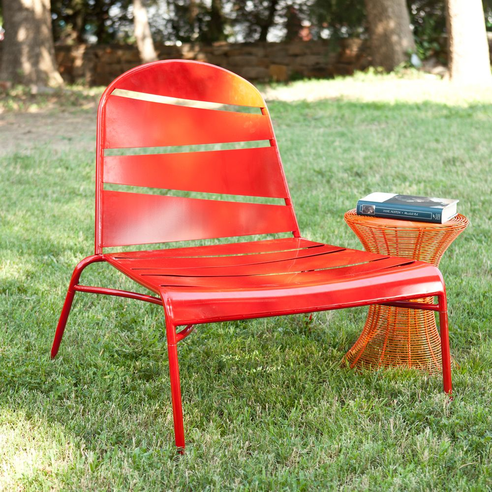 Indoor/ Outdoor Red Lounge Chair Shopping