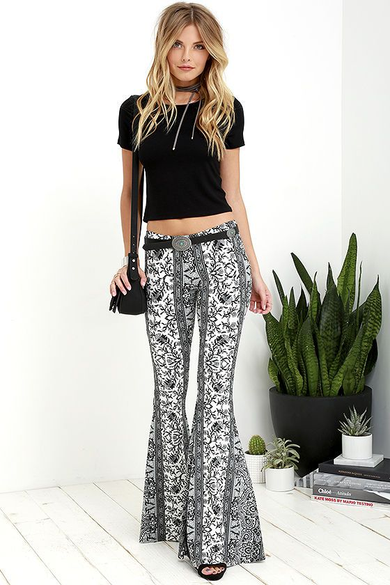 9e8337886 Floral Festival Grey and Black Floral Print Flare Pants at Lulus.com!
