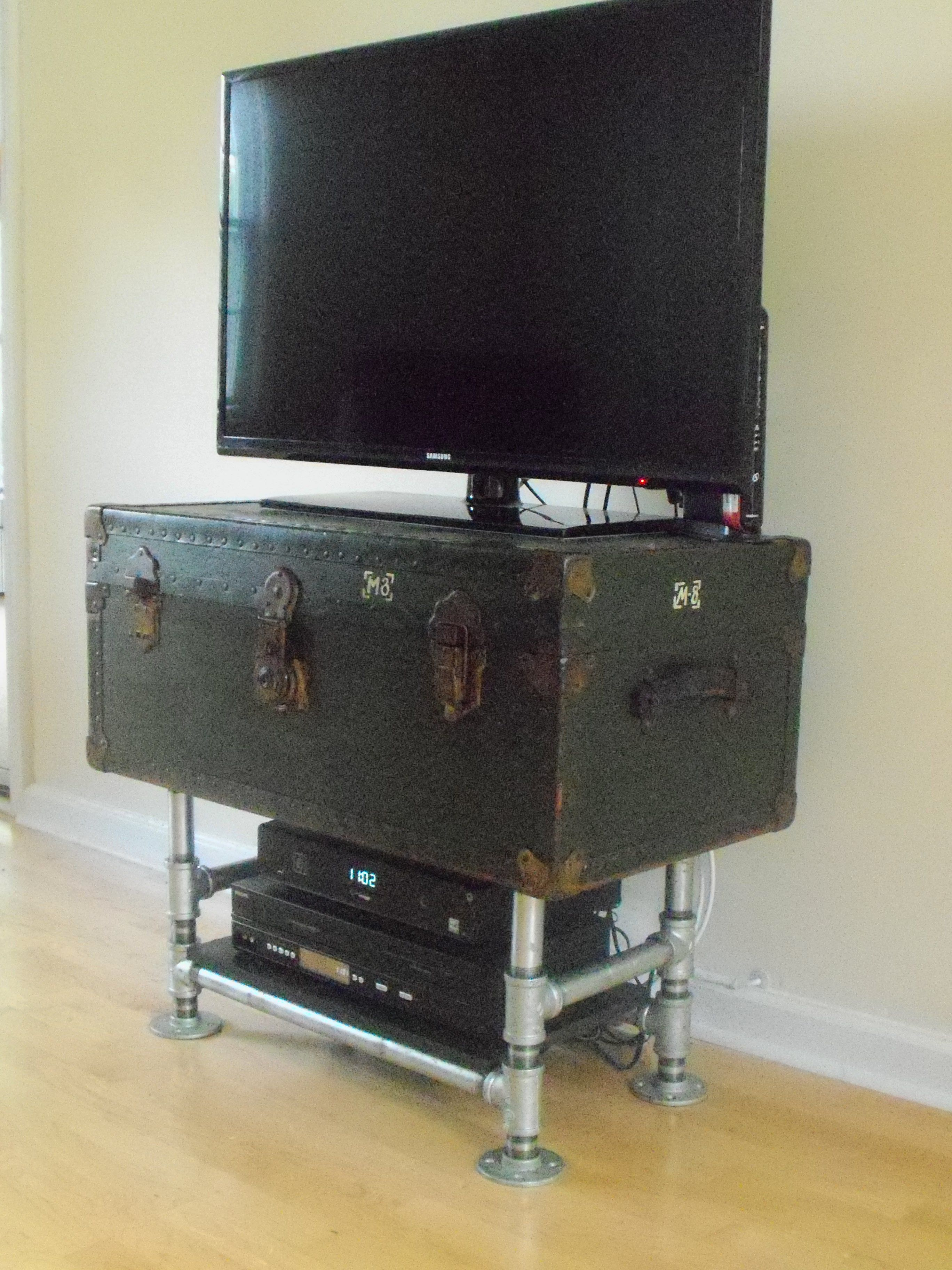 Pin On Diy Media Stand From Vintage Army Footlocker With Galvanized Steel Pipe Legs