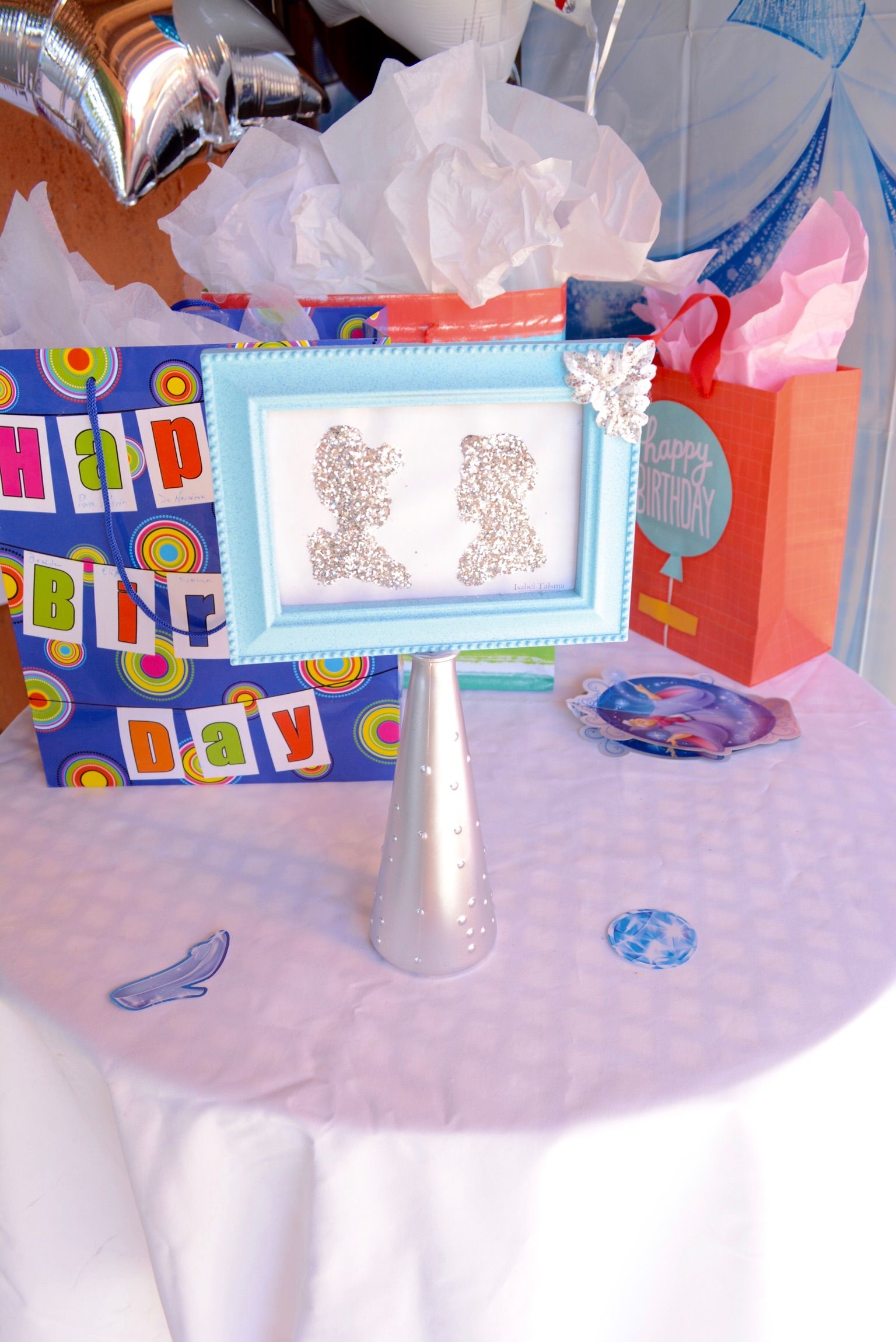 Cinderella Birthday Party Girls Table / Princess / Blue / Girl / Silver / Center Piece