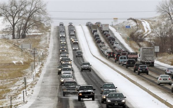 Holiday travel alert: Storms deliver foot of snow in central US, possible tornado in Alabama - U.S. News