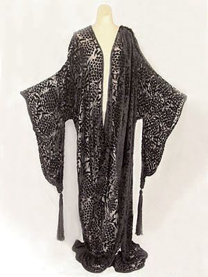 Cut velvet/silk chiffon evening wrap in the style of Erté, c.1915. Provenance:  from the estate of actress Irene Worth - by Poiret