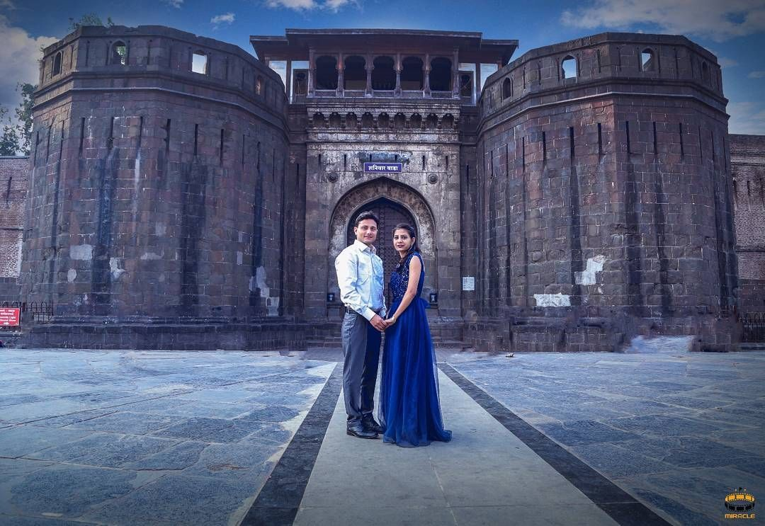 Pune Top Photographers Photooftheday Photography Photo Photoshoot Couple Prewed Prewedding Pose Royal Heritage History Young Old Place Locatio