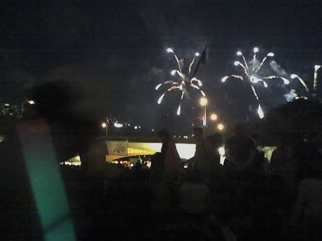 Ah, ooh! We also LOVE fireworks displays-bring it on! They light up the night sky so beautifully. Gives you a little lump in your throat when you think of the ones who died so we could be free. God and country. We pray America would always follow God and remain free!