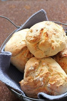 Joghurtbrötchen in nur 25 Minuten - das perfekte Sonntagsfrühstück #naturalism