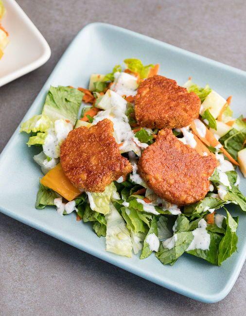 Vegan Copycat B Wing Salad Best Vegan Recipes Vegan