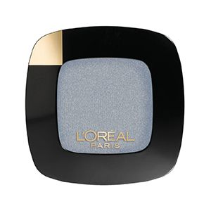 The new Colour Riche gel to powder, silver eyeshadow. Shade: Argentic.