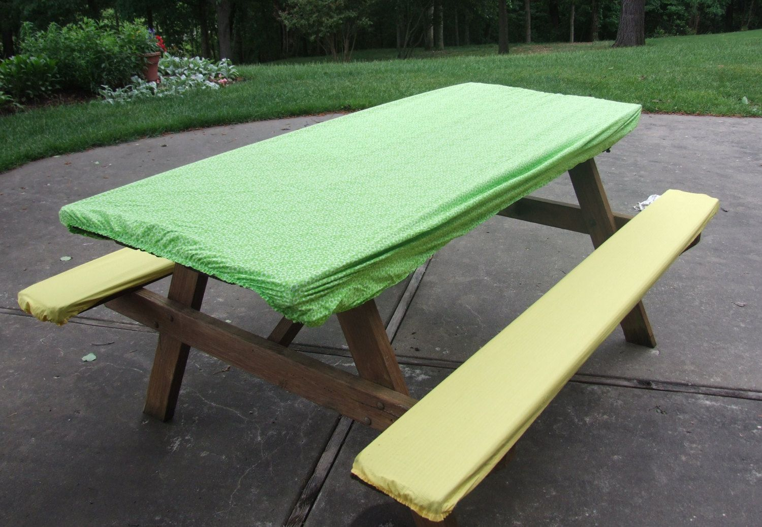 Picnic Table And Seat Cover Set With Elastic Ends Green And White