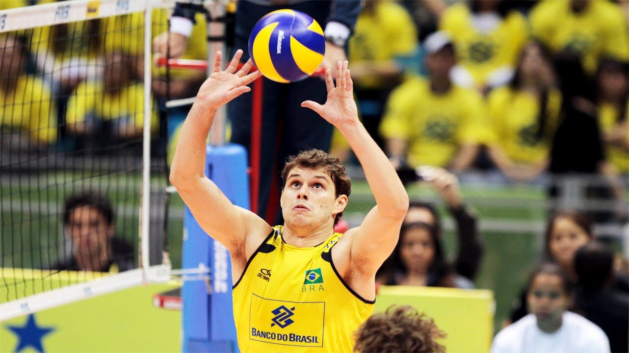 The Best Volleyball Setter In The World Bruno Rezende Brazil Volleyball Team Volleyball Team Volleyball Setter