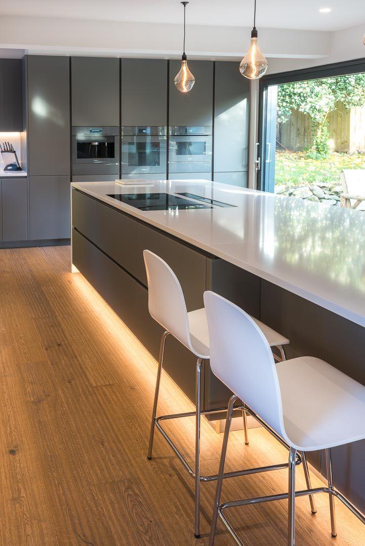 A Comprehensive Overview On Home Decoration In 2020 Luxus Kuche Design Kuche Dunstabzug Kuchen Design Ideen
