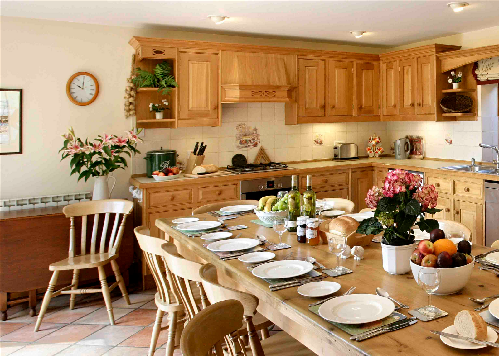Vintage Yellow Country Kitchen English Country Kitchen Design Ideas English Country Kitchen