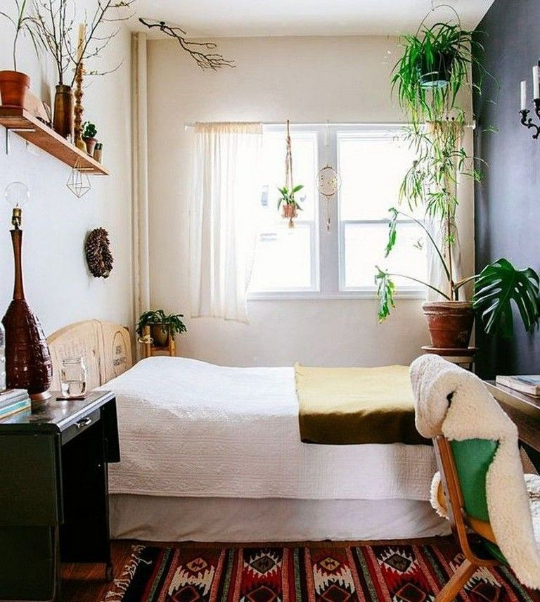 43 Amazing Bohemian Bedroom Decor Ideas With Plants Small Apartment Bedrooms Small Room Design Small Bedroom