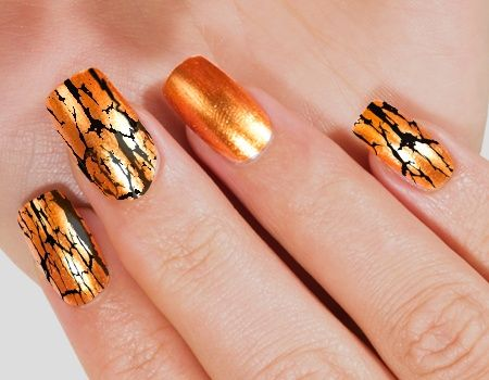 9 Creative Crackle Nail Polish Designs Crackle Nails Hot Nails