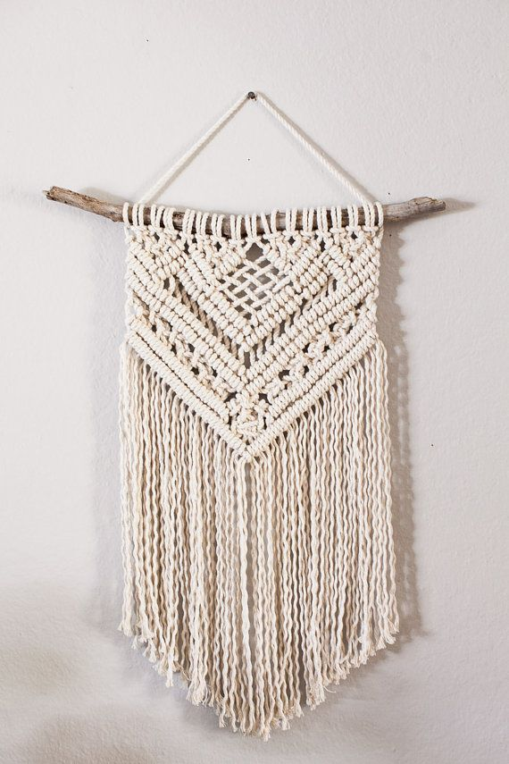 cotton macrame wall hanging zelf maken pinterest. Black Bedroom Furniture Sets. Home Design Ideas