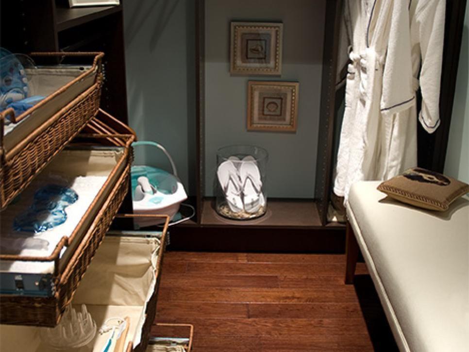 10 Stylish Walk In Bedroom Closets | Storage Design, Master Closet .