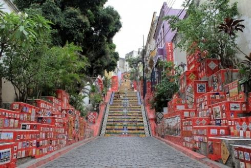 Les Escaliers en Tuiles à Rio de Janeiro, par Jorge Selaron. / The Tiled Stairs of Rio de Janeiro by artist Jorge Selaron