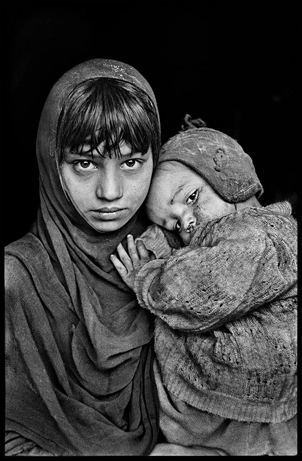 https://stevemccurry.wordpress.com: Brothers and Sisters | Steve McCurry's Blog on WordPress.com :)