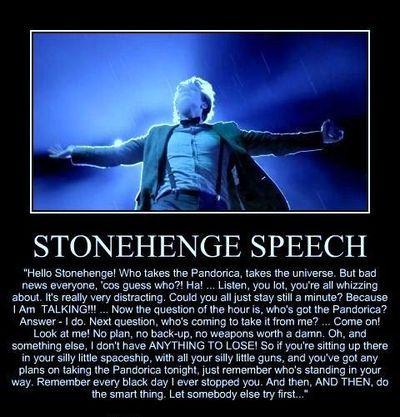 Tee Doctor Who 10th Doctor Stonehenge