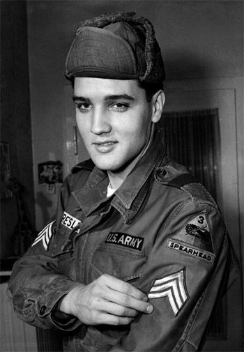 Elvis swaps mansion for Army living (1958)
