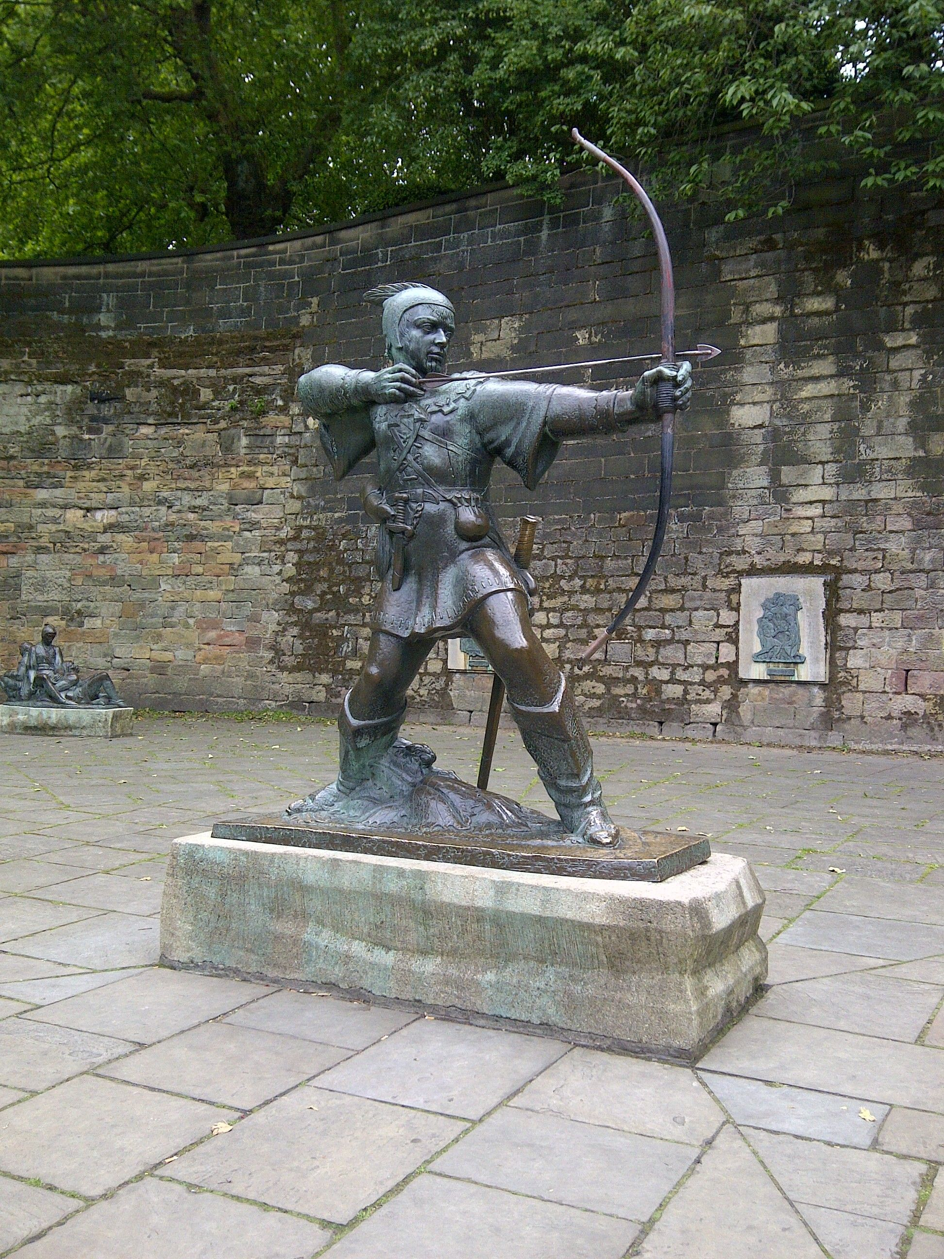 Robin Hood Statue in Nottingham, UK | Robin of the Hood | Nottingham
