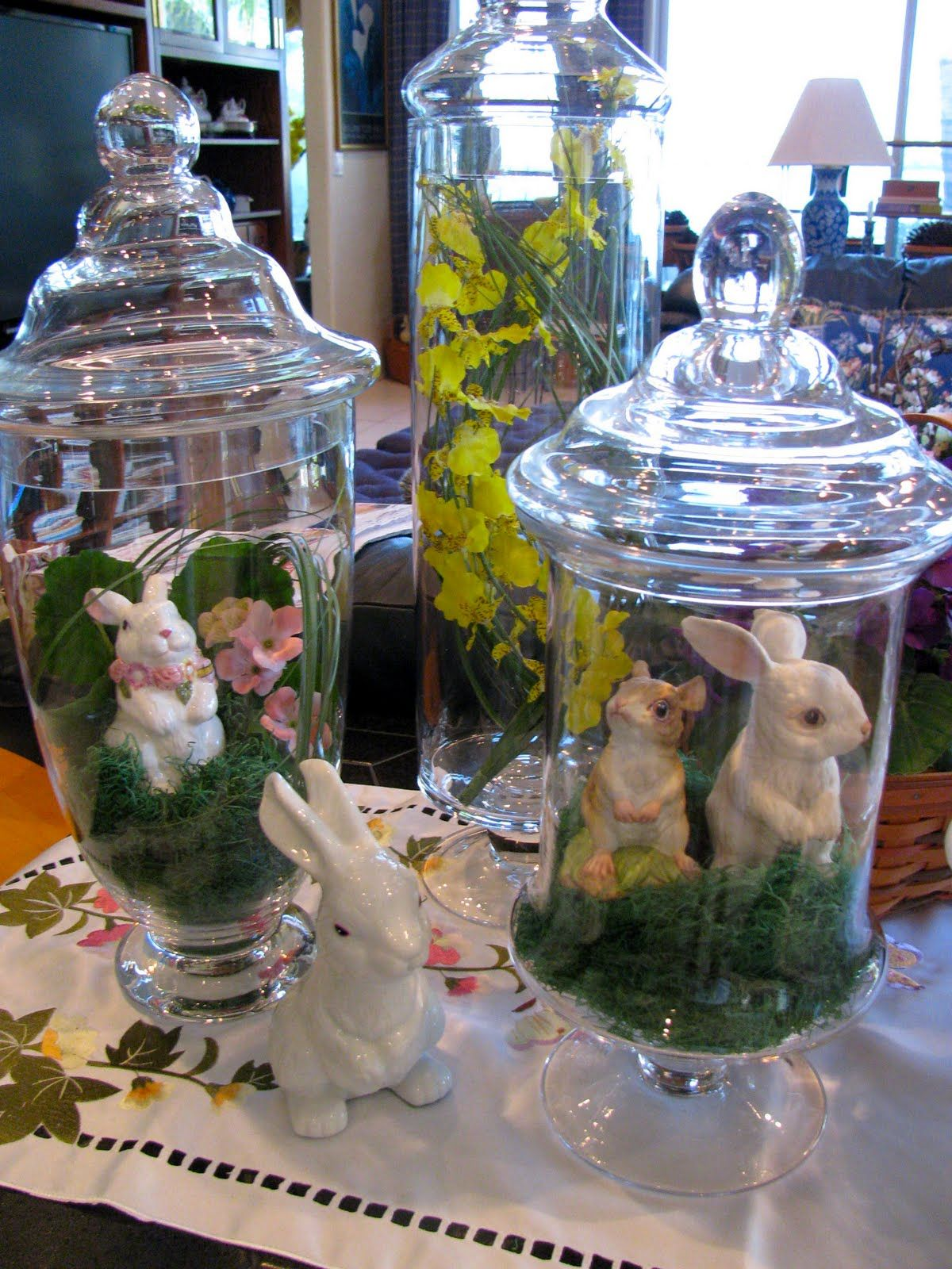 Oh so cute Easter Apothecary jars :-) | Easter and Spring ...