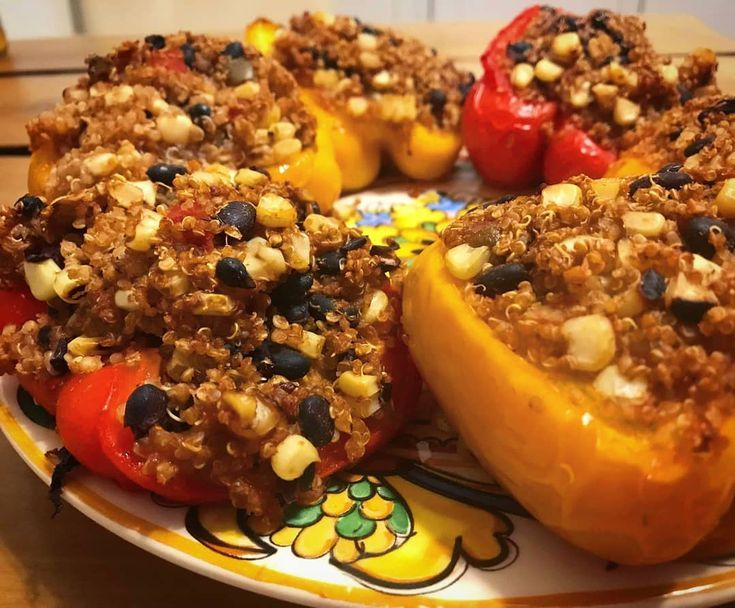 Mexican Quinoa Stuffed Peppers by Minimalist Baker Send me your favorite vegan