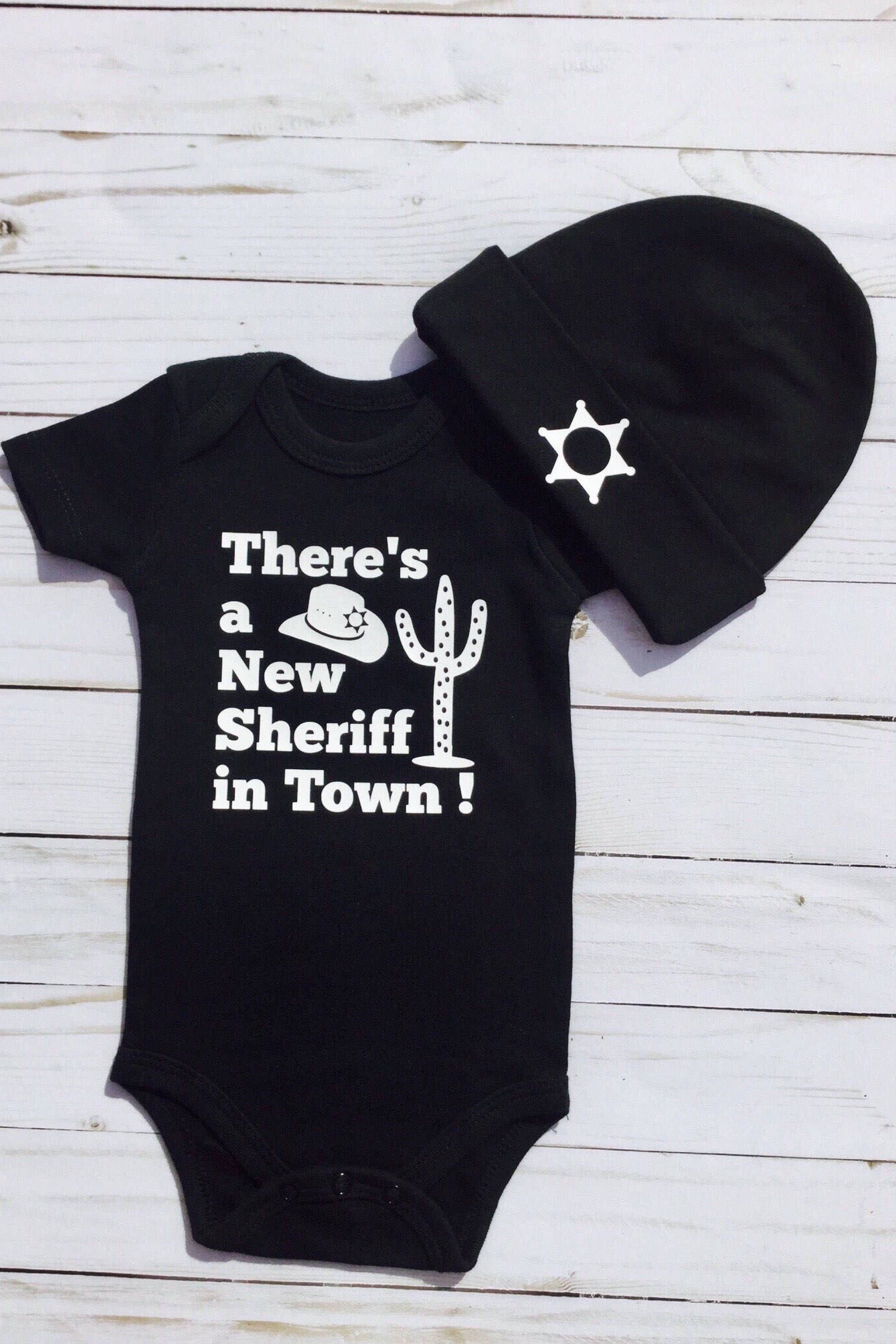 Police Baby Gift Daddy Cop Onsie/® Thin Blue Line Police Onesie/® Gift for Law Enforcement Baby Got Your 6 Onesie/® Police baby outfit