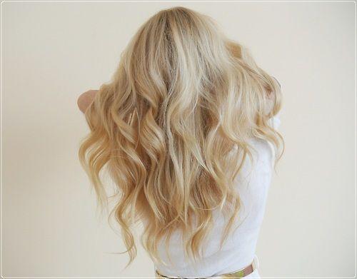 Beautiful curls! ♥