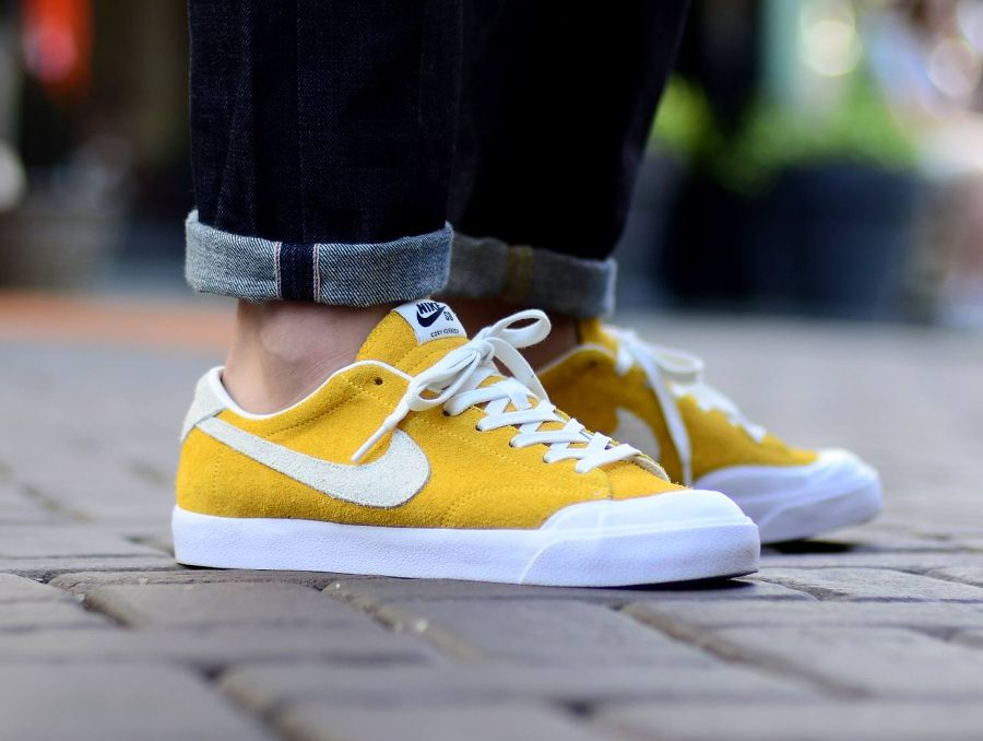 1dbf6b02a58c4 Nike SB Zoom All Court CK Suede  University Gold