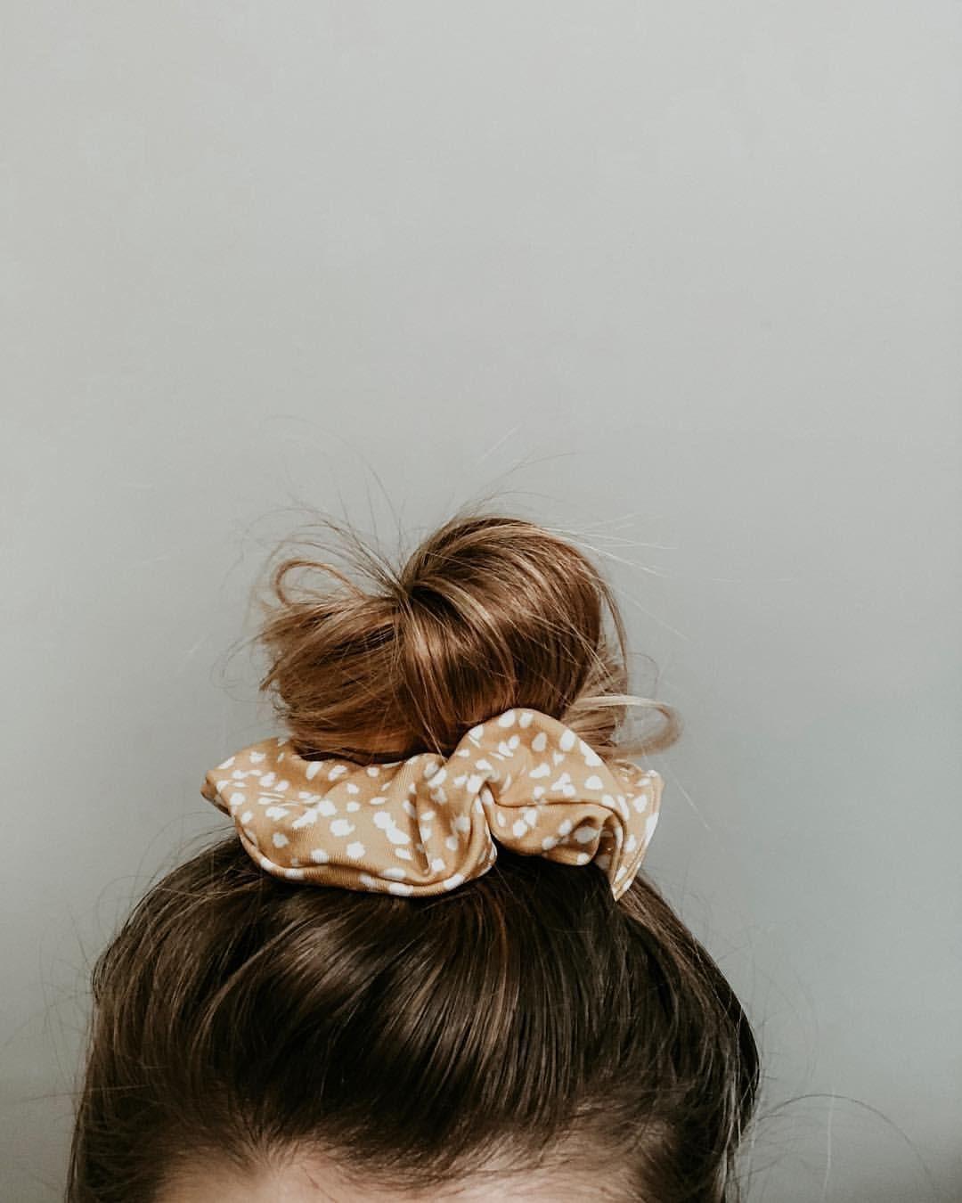Diy Hair Scrunchie Essentiallylolo Scrunchie Hairstyles Hair