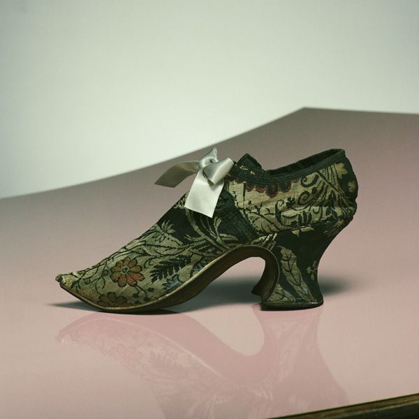 a486cbeb750a3 The Kyoto Costume Institute's 1740 women's shoe is made with green ...
