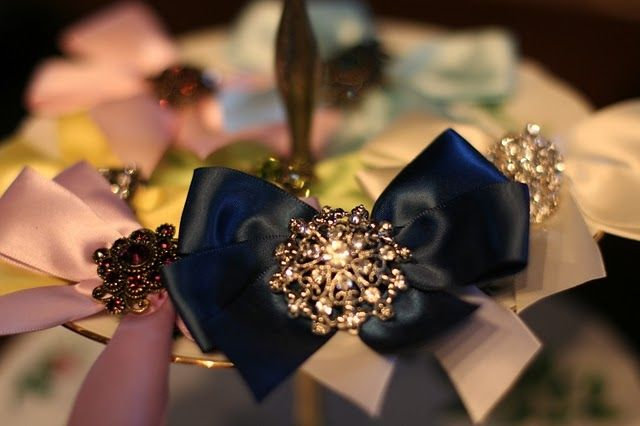 Fancy bows