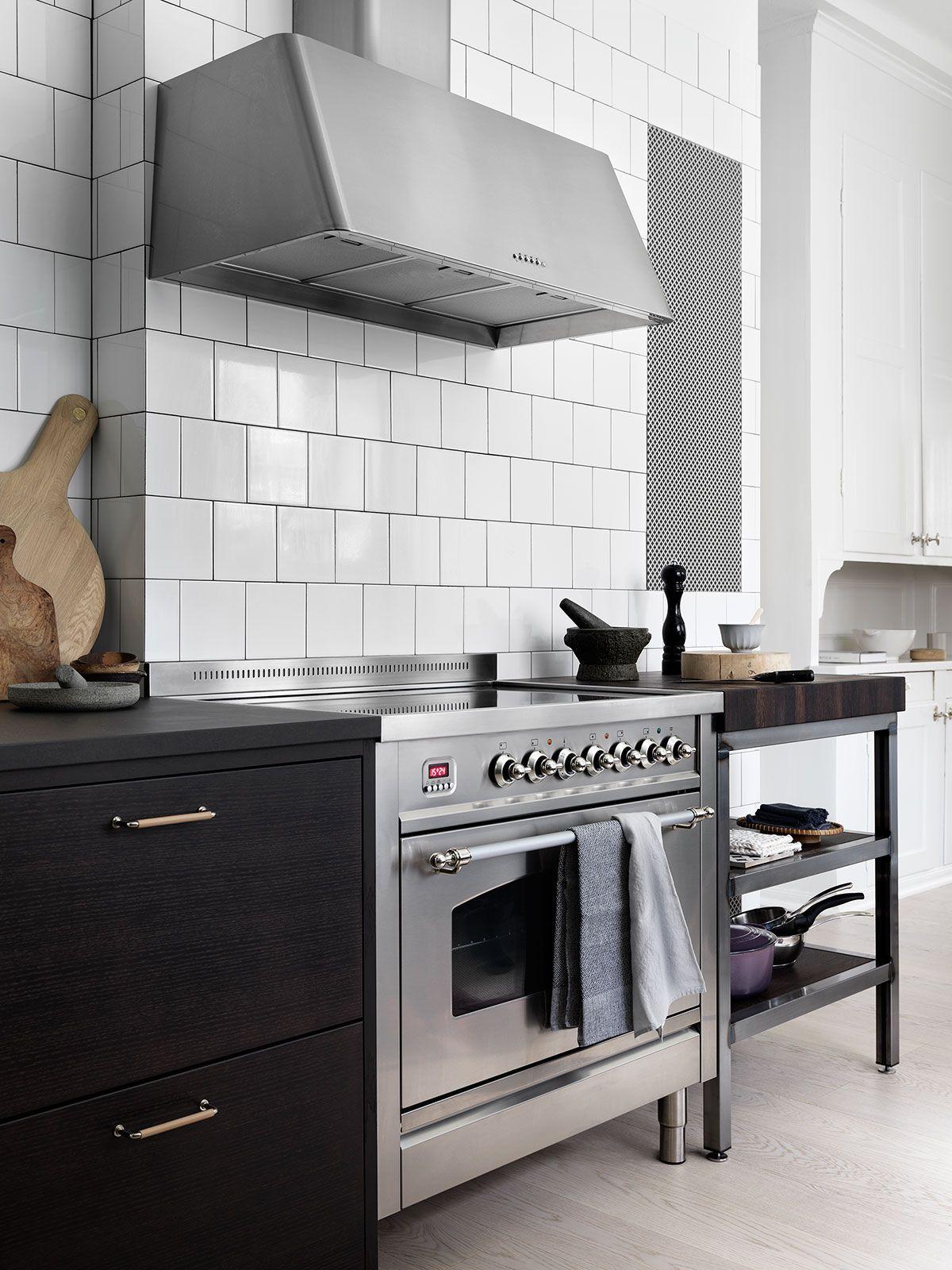 Kitchen Of The Week A Swedish Kitchen With A Place For Everything Remodelista Swedish Kitchen Bistro Kitchen Kitchen Interior Design Modern