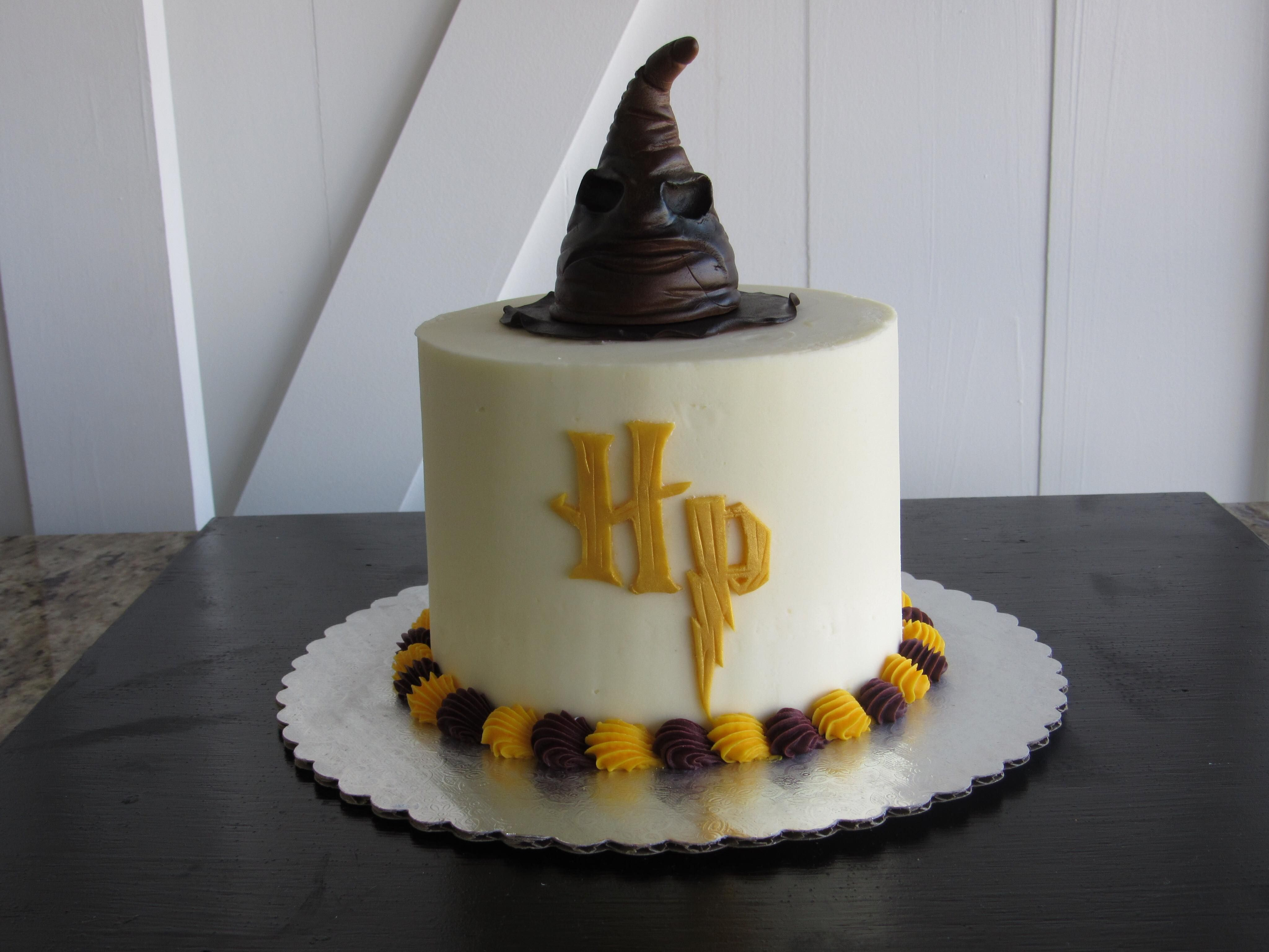 3 Layer Buttercream Cake Harry Potter With Wizards Hat Fondant