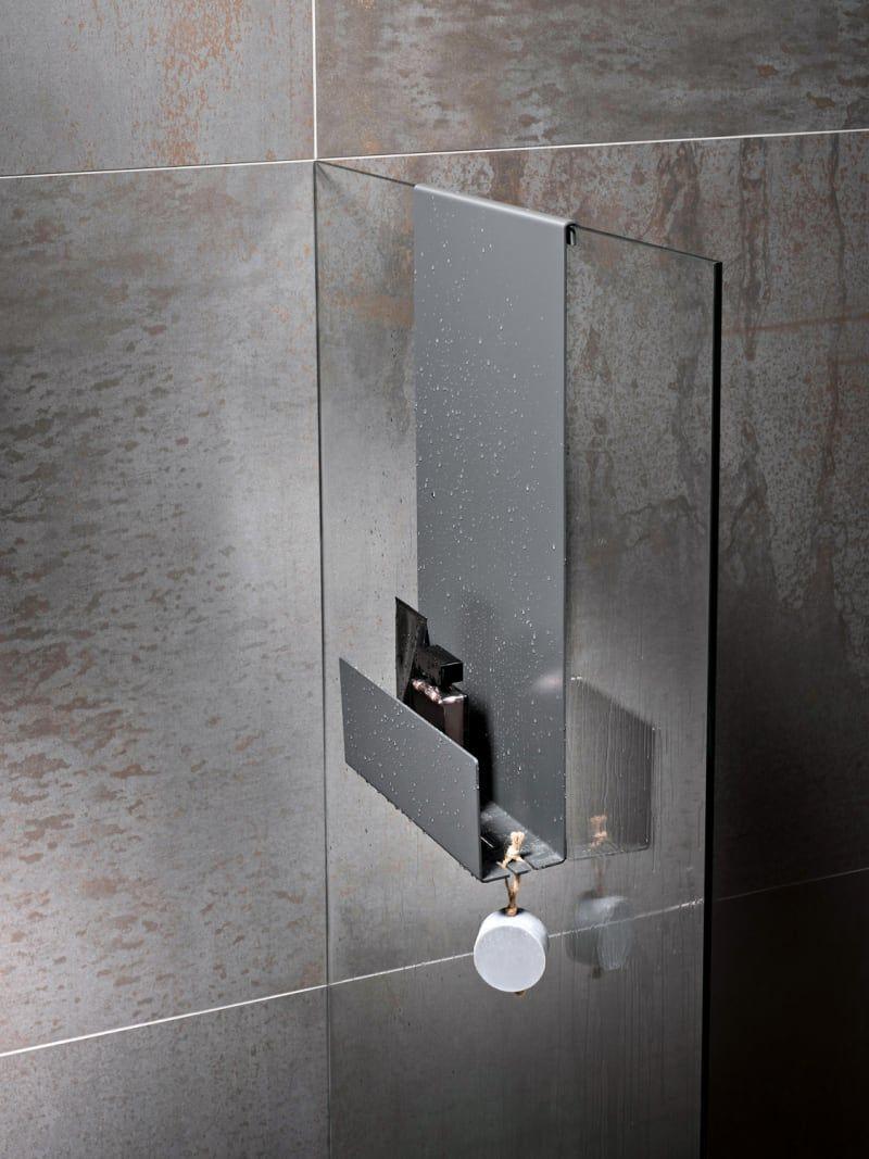 Stau Im Bad So Gibt Es Raum Zehn Aufbewahrungsideen In 2020 Badezimmer Duschregale Badezimmer Ablage
