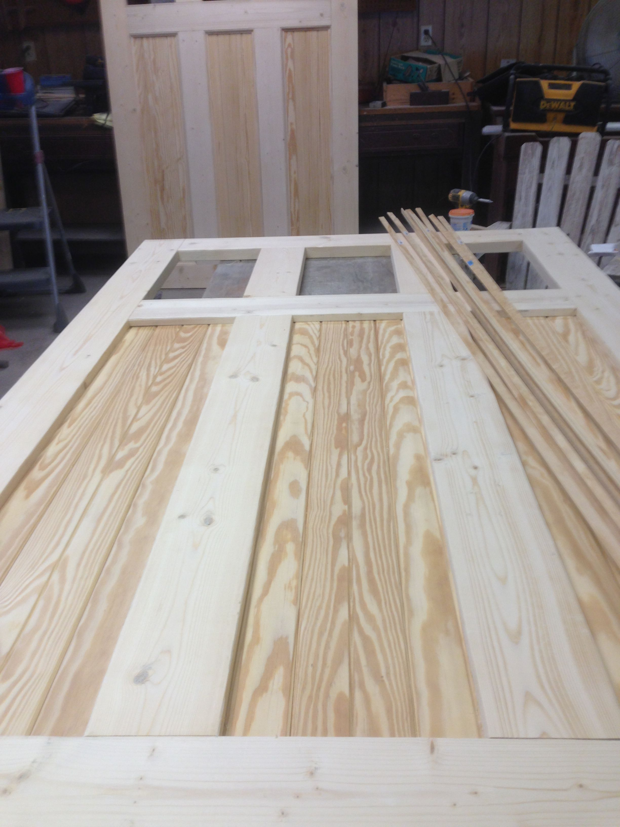 Wood Carriage Doors Woodworking In 2019 Diy Garage