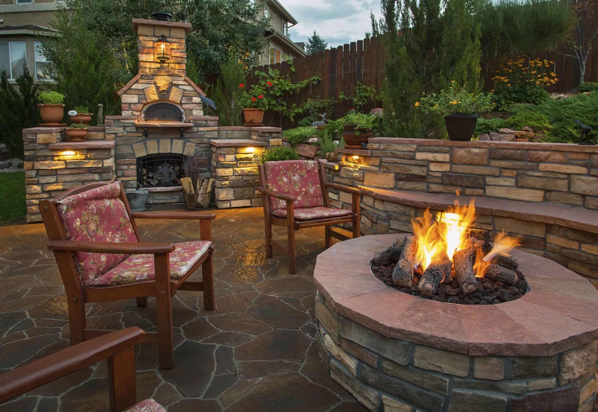 feuerstelle ziegelsteine - google-suche | backyard oasis, Gartenarbeit ideen